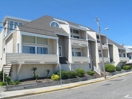 832 Moorlyn Terrace , 105, Ocean City NJ